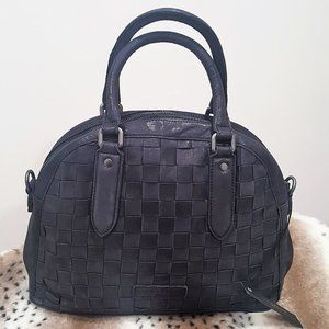 LIEBESKIND BERLIN SHIMMER Silky Black ADRIANA Bag